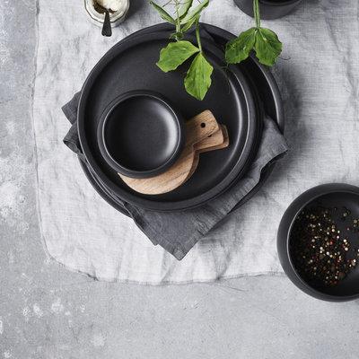 Nicolas Vahé - Nista Black Dinner plate